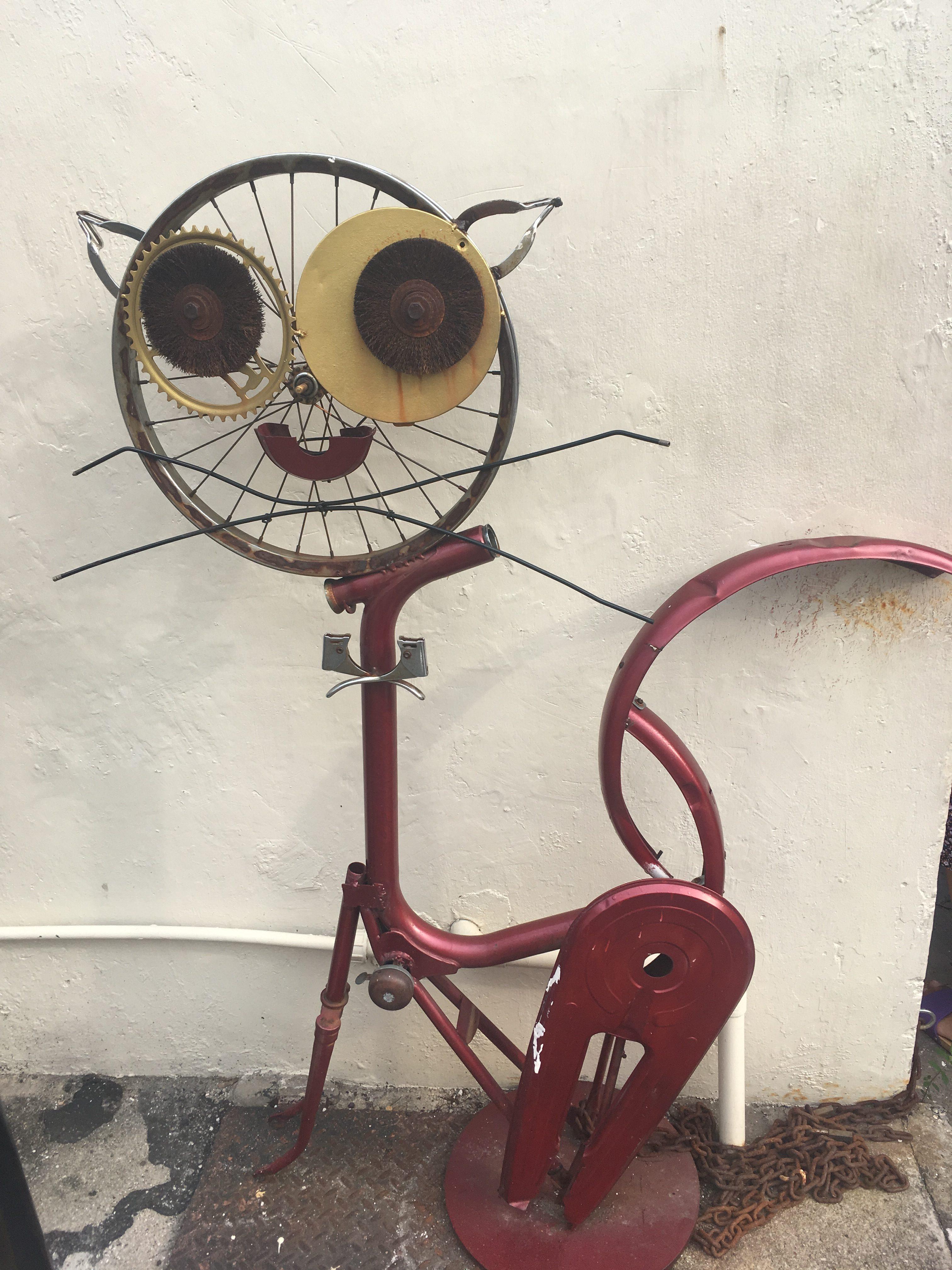 猫のワイヤーアート