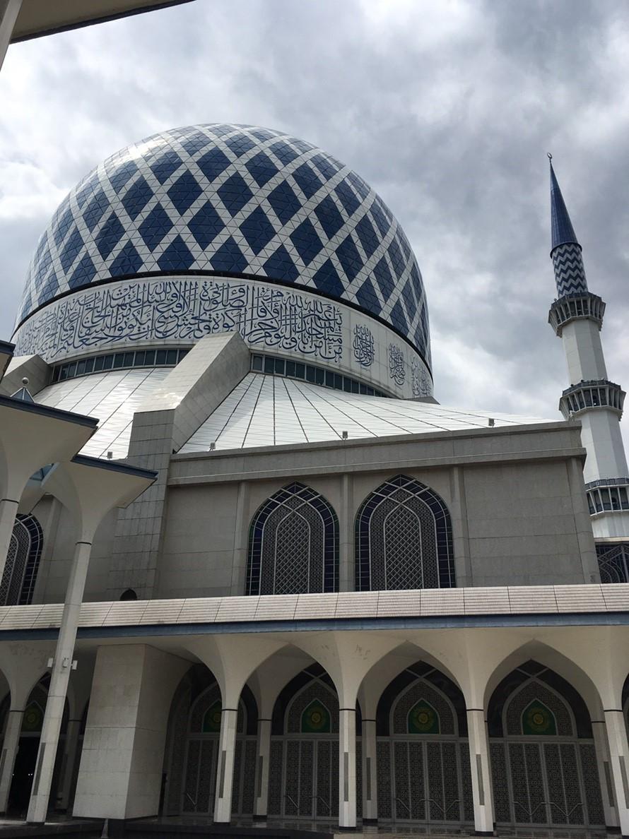 大迫力の豪華なモスク